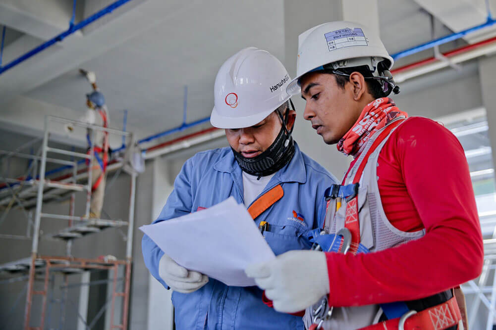 NDT technicians conducting tests