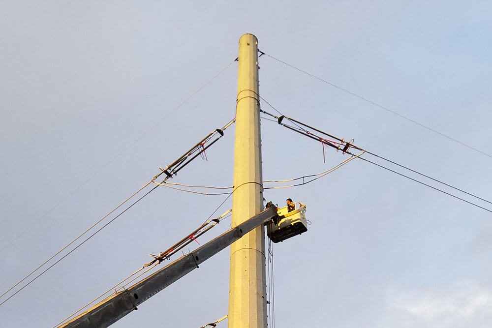 TXNDT NDT services on a power line