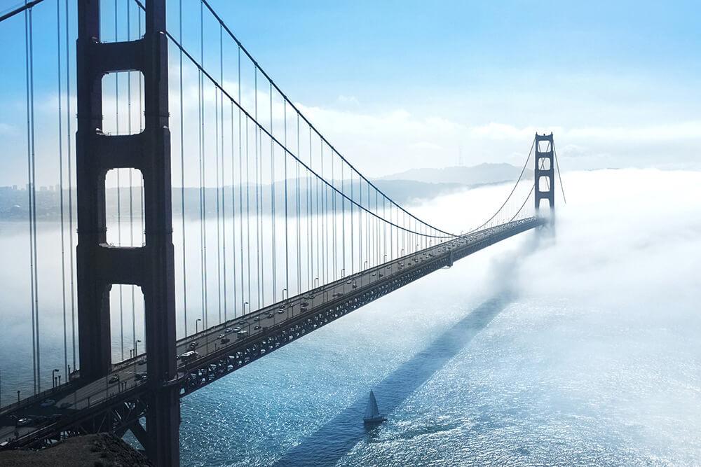 Golden Gate Bridge in unsafe weather